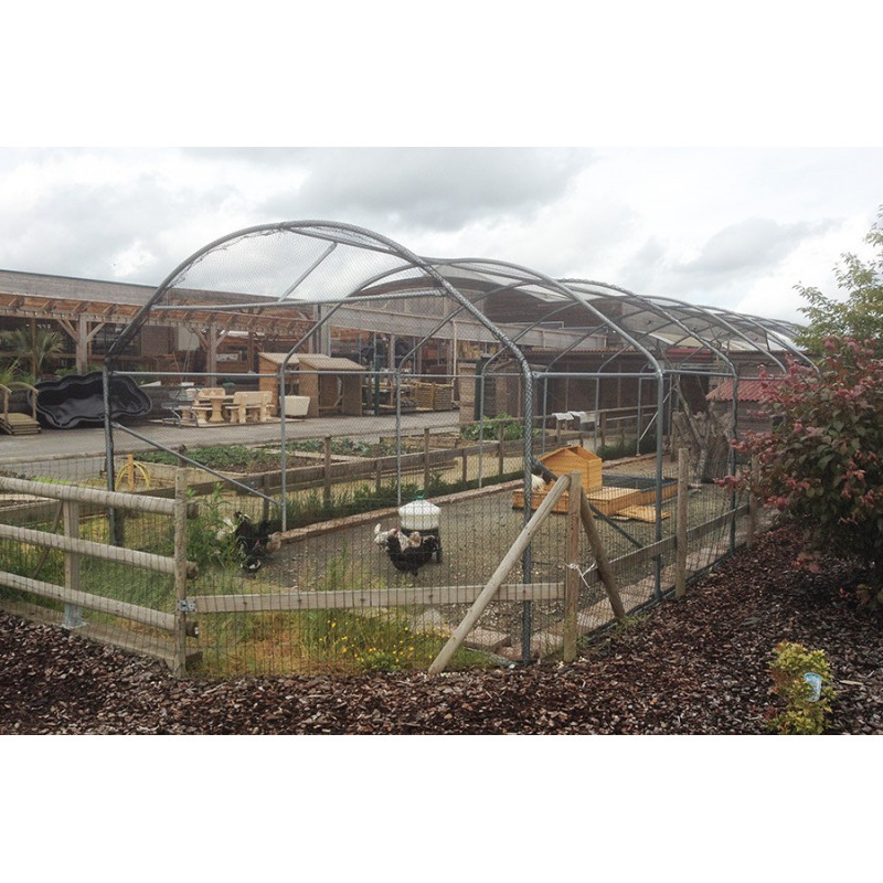 5 m wide aviary tunnel