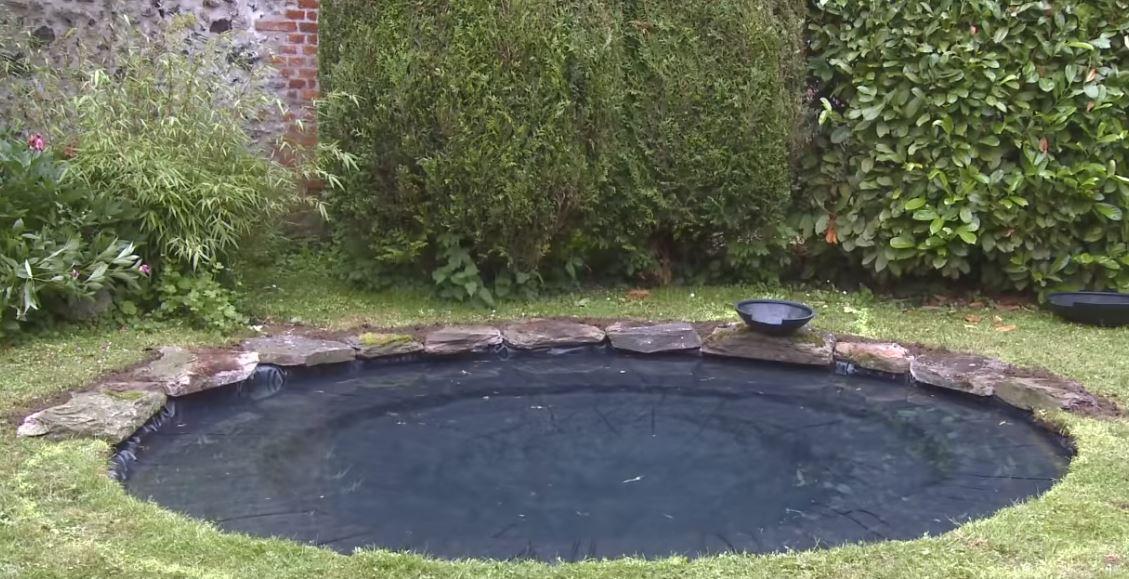 bâche bassin installée